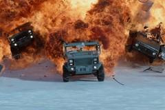 Xem trước 2 trích đoạn đỉnh nhất của 'Fast and Furious 8'