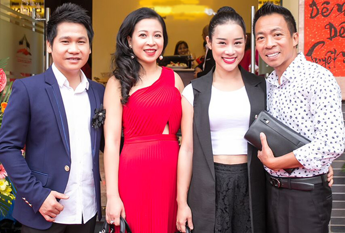 'Đọ' nhan sắc vợ Trọng Tấn, Đăng Dương, Việt Hoàn