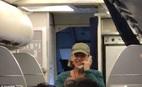 Nữ phi công nói nhảm trên hệ thống liên lạc của United Airlines