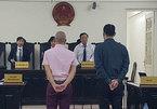 Giám đốc người Nhật buôn lậu 7 tượng vàng qua đường hàng không