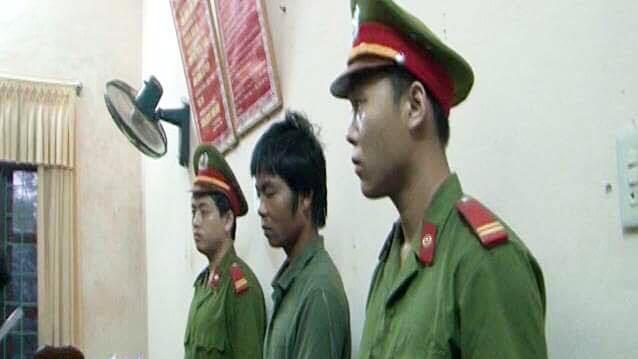 Cha hại đời con gái 14 tuổi sau uống rượu say ở Quảng Bình