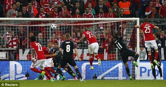 Những khoảnh khắc Ronaldo 'kéo sập' pháo đài Allianz Arena