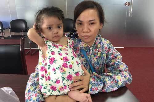 Xót xa bé gái ở Kiên Giang mắc bệnh hiếm gặp trên toàn thế giới
