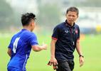 HLV trưởng U20 Việt Nam mắng học trò té tát