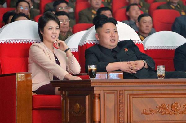 vợ Kim Jong Un, chân dung, Ri Sol Ju, Kim Jong Un