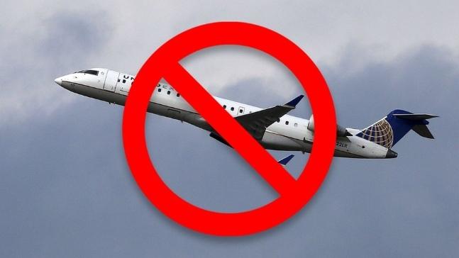Làn sóng tẩy chay United Airlines lan rộng trên Internet