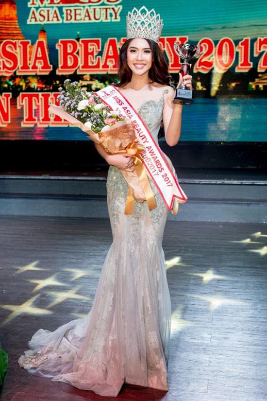 Fan nữ SLNA đoạt Hoa hậu sắc đẹp châu Á 2017