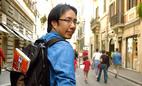Nhà báo Trương Anh Ngọc kể chuyện bị 'cưỡng' hôn giữa quảng trường Ý