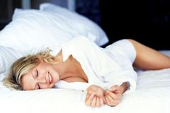 Tư thế ngủ tiết lộ điều gì về bạn?