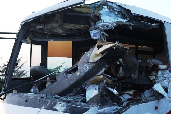 xe khách tông xe tải trên cao tốc Trung Lương, tai nạn nghiêm trọng trên cao tốc Trung Lương, tai nạn chết người trên cao tốc Trung Lương,