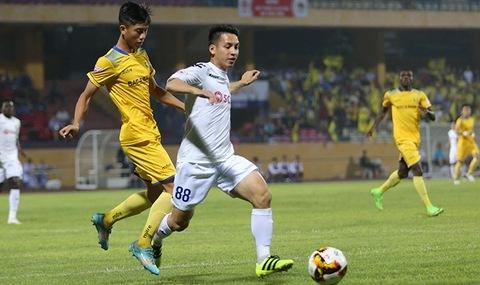 Hà Nội FC 0-0 SLNA phút 31