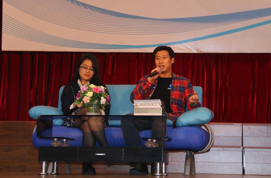 nói tiếng Anh, tiếng Anh, Trần Hùng John, học sinh