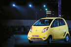 Ô tô Ấn Độ Tata Nano: Giá rẻ vẫn lụi tàn