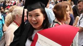 Bài luận về chiếc áo ngực giành suất vào ĐH Harvard của nữ sinh gốc Việt