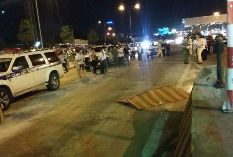Thiếu tá CSGT bị tông chết: Bám kính chiếu hậu trượt ngã