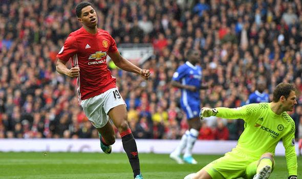 Conte đổ lỗi trọng tài, thừa nhận Mourinho cao tay hơn