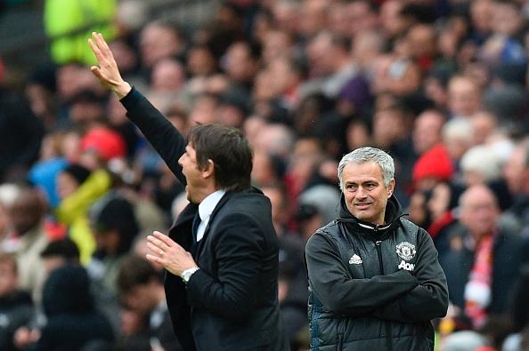 """Mourinho cười yêu, Ronaldo """"lật mặt"""" đồng đội"""