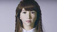 Tiết lộ robot xinh đẹp, giống người nhất thế giới