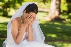 Hoảng hồn khi bạn của chồng đến vui tân hôn và những trò đùa không thể tưởng