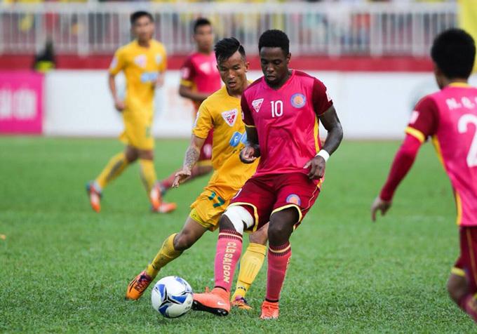 Bị trọng tài 'cướp' bàn thắng, CLB Sài Gòn kiến nghị VFF