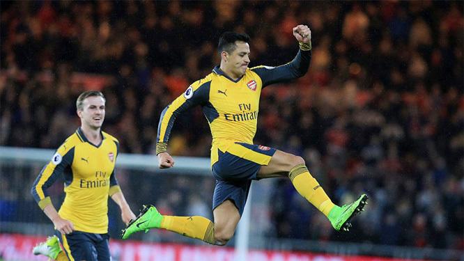 Ozil và Sanchez tỏa sáng, Arsenal nhọc nhằn vượt ải Boro