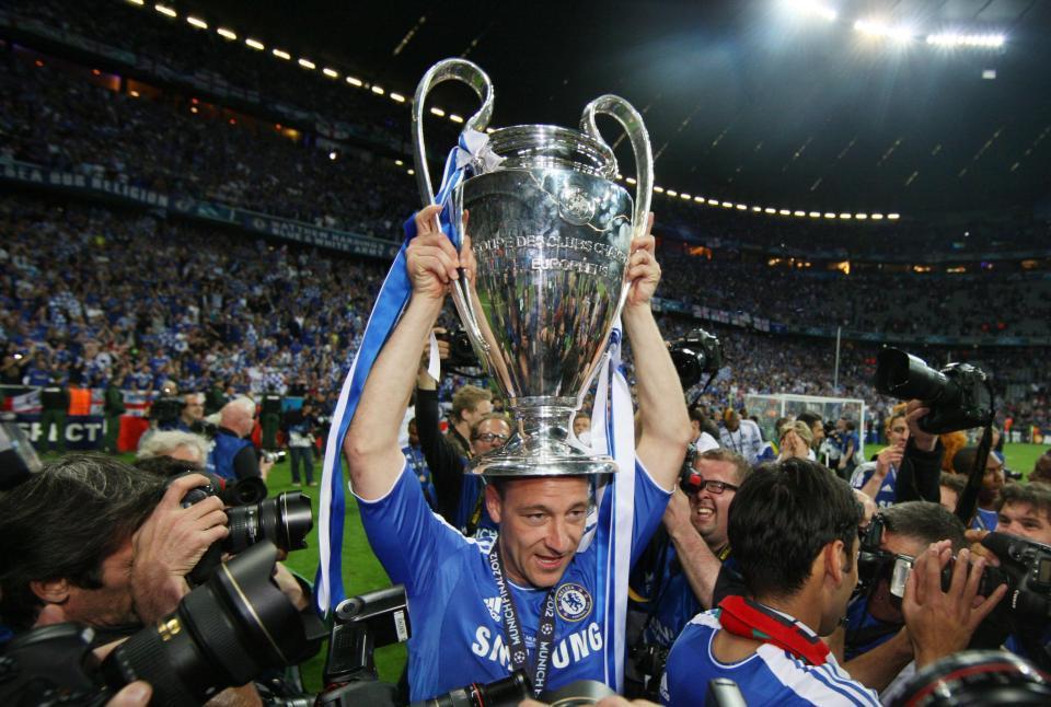 Terry nói lời chia tay Chelsea sau 22 năm cống hiến