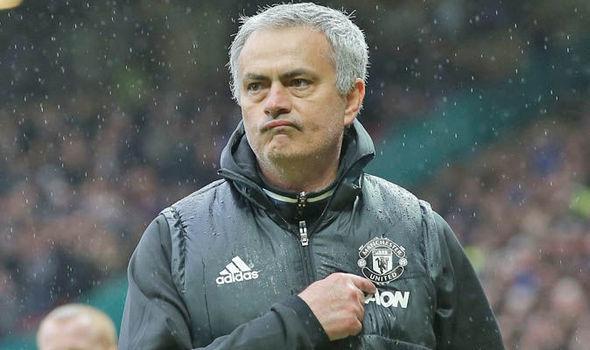 Mourinho quái chiêu, John Terry rời Chelsea sang Trung Quốc