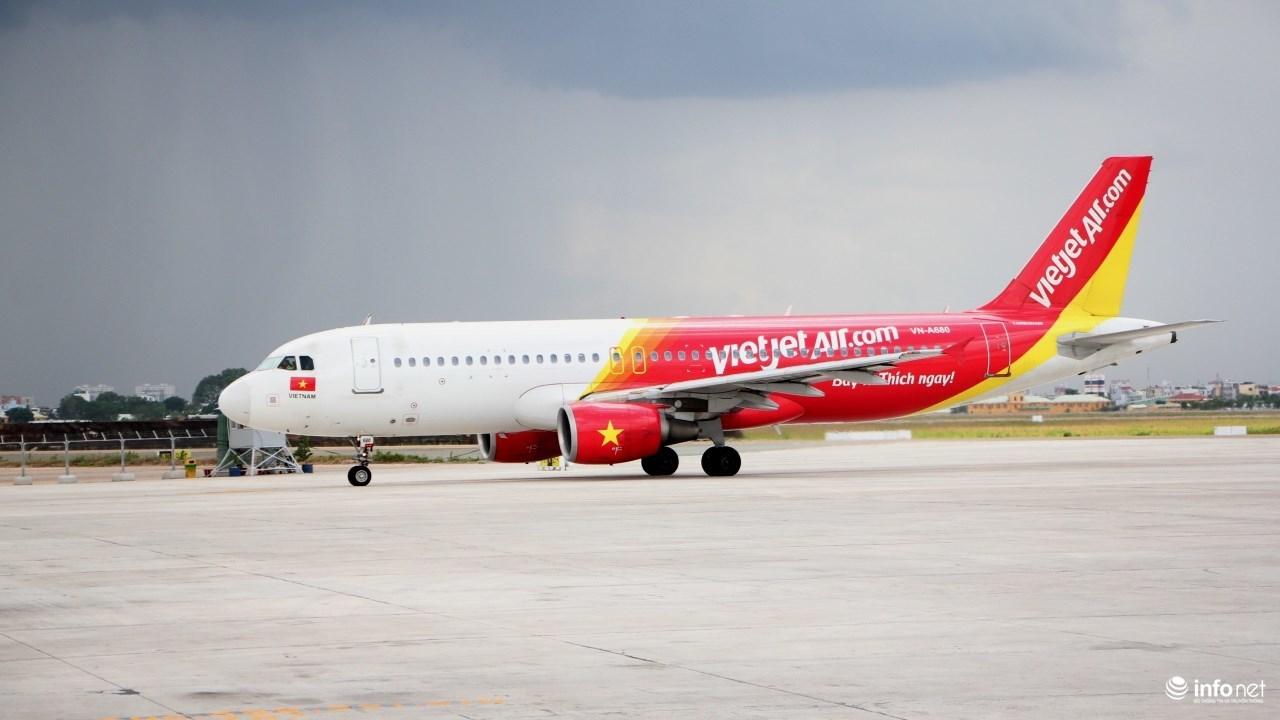 Vietjet Air, nhân viên hàng không, Vietjet, tiếp viên hàng không, Tân Sơn Nhất