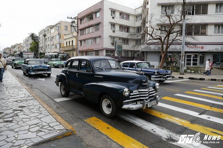 Kỳ lạ như mua bán ô tô ở 'thiên đường xe cổ' Cuba