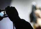 Nhóm thiếu niên quay clip nữ sinh đang tắm để tống tiền