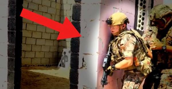 Quốc vương Jordan trực tiếp cầm súng tập trận