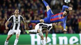 """Messi """"ngã chỏng vó"""", dứt điểm tệ chưa từng có"""