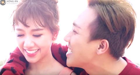 Hari Won trong buổi họp báo ra mắt MV
