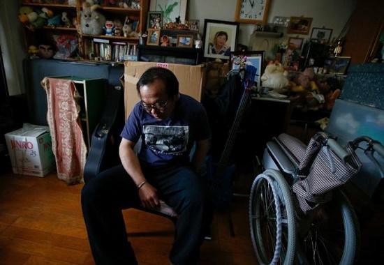 Bi kịch của 4,5 triệu người trung niên ở Nhật 'ăn bám' gia đình