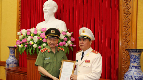 Trung tướng Trần Văn Vệ được giao quyền Tổng cục trưởng Tổng cục Cảnh sát