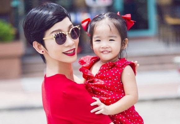 Xuân Lan, Hồng Quế chua xót nói về cha đẻ của con gái