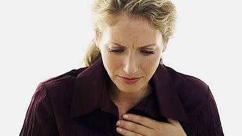 Triệu chứng đau tim ở phụ nữ, khác hẳn nam giới