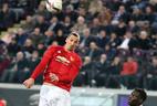 Ibrahimovic biến khỏi MU, Alexis Sanchez về thế chỗ