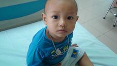 Xót xa bé trai 15 tháng tuổi mắc bệnh ung thư hiểm ác