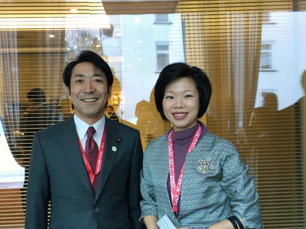 Ngoại tình, Nhật Bản, từ chức