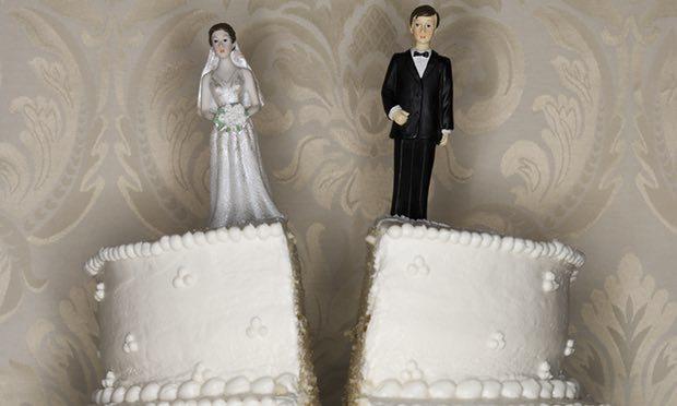 Hậu trường ly hôn 'căng như dây đàn' của tỷ phú Mỹ