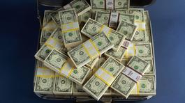 Rút 3,5 triệu USD từ ngân hàng, bị cướp ngay giữa phố