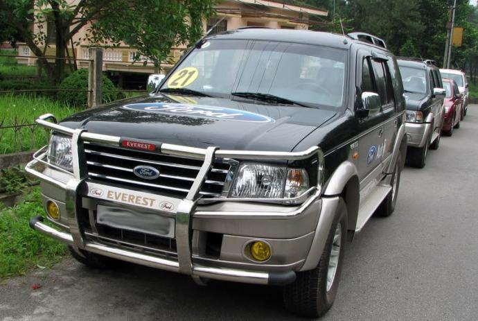 Chớ dại mà lắp khung bảo vệ ô tô