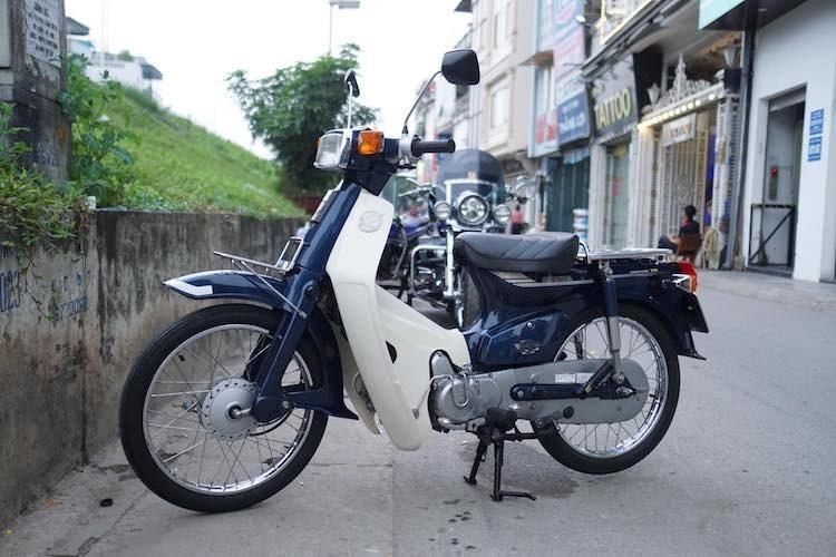 Honda Cub C70 'thét giá' gần 100 triệu tại Hà Nội