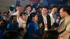 Hàng nghìn công nhân vỗ tay trước quyết định bất ngờ của Thủ tướng