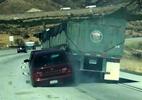 Ô tô bị xe tải hạng nặng kéo lê hơn 6km trên cao tốc