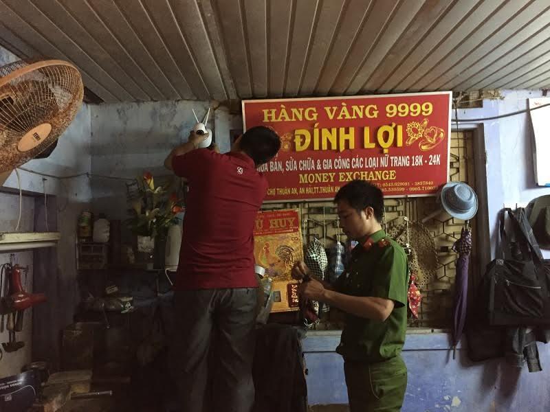 Nam thanh niên nghi cướp tiệm vàng ở Huế bị truy gắt gao