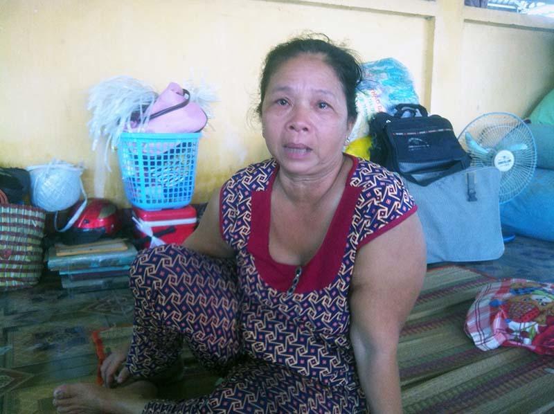 Sạt lở ở An Giang: 'Mất hết cả, chỉ kịp ôm bàn thờ người thân'