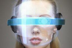 Apple đang thử nghiệm kính thông minh iGlass?