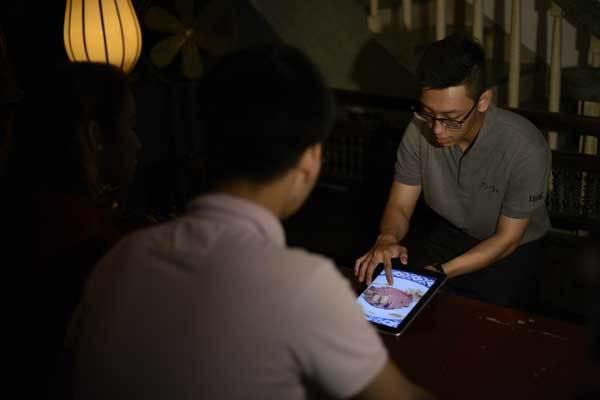 Những bí ẩn trong 'nhà hàng bóng tối' tại Sài Gòn